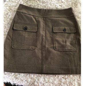 Ann Taylor Loft Army Green Skirt Size 8
